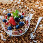 keto granola with berries